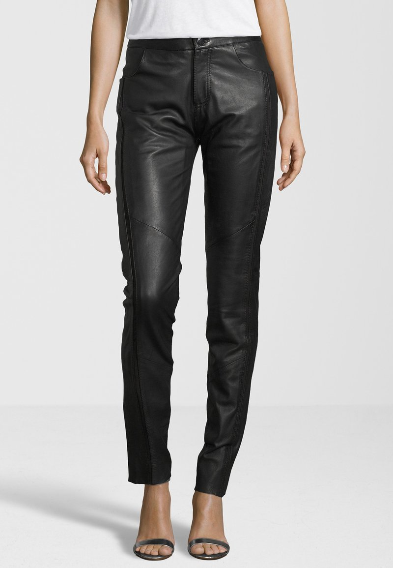 KRISS - Leather trousers - black