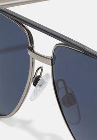 Marc Jacobs - UNISEX - Sunglasses - grey - 4