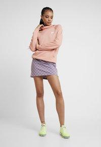 Nike Sportswear - Sweat à capuche - pink quartz/white - 1
