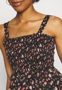 MAMALICIOUS - MLLILOZ SHORT DRESS - Jersey dress - black/red - 5