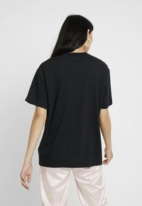 Nike Sportswear - Basic T-shirt - black/white - 2