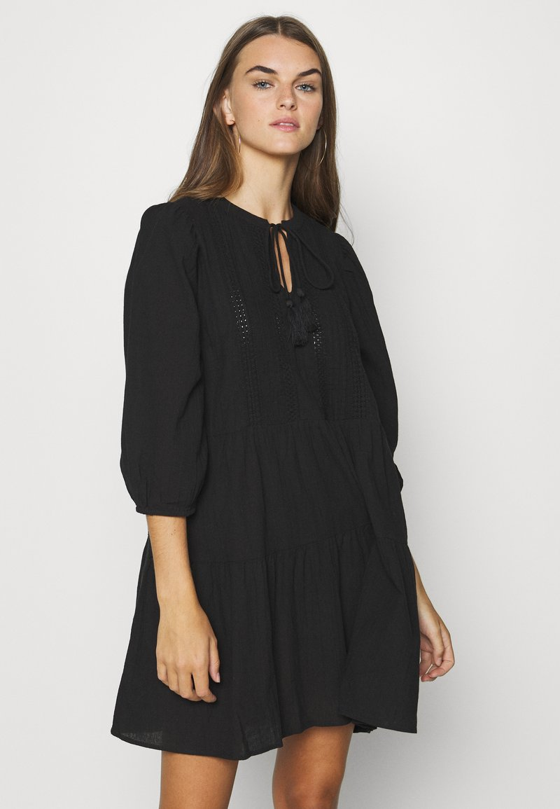 Vero Moda - VMMUSTHAVE BOHO 3/4 TUNIC  - Denní šaty - black