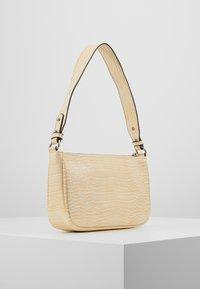 Becksöndergaard - BRIGHTY MONICA BAG - Handbag - chardonnay - 3