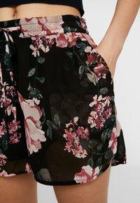 Vero Moda - VMSUNILLA TIE - Shorts - black - 4