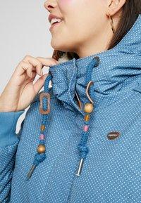 Ragwear Plus - DANKA MINIDOTS COAT - Kåpe / frakk - blue - 5