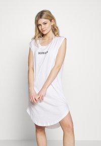 Calvin Klein Swimwear - INTENSE POWER DRESS - Doplňky na pláž - classic white - 1