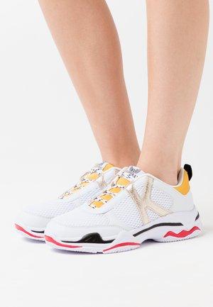 MATEA - Sneakers basse - blanc/jaune