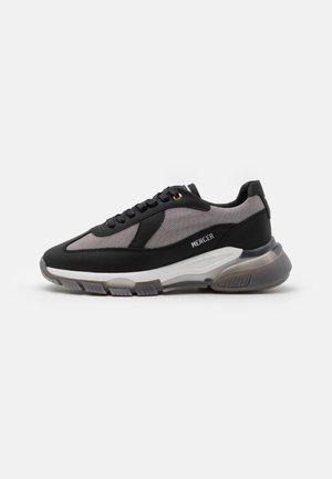 WOOSTER 2.0 - Sneakers laag - black/grey