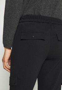 comma - HOSE - Tracksuit bottoms - black - 5