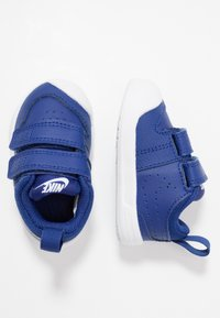Nike Performance - PICO 5 UNISEX - Trainings-/Fitnessschuh - deep royal blue/white - 0