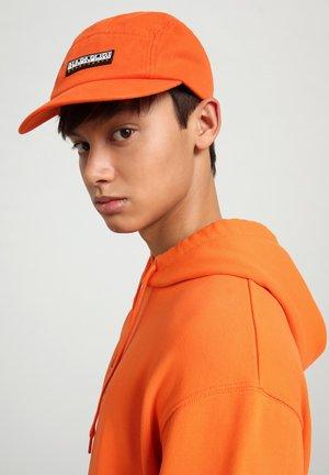 Pet - orangeade