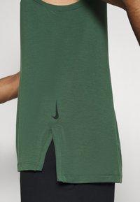 Nike Performance - TANK  - Camiseta de deporte - galactic jade - 4