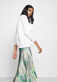 Even&Odd - FLOWER  PRINTED SWEATER - Sweatshirt - white - 3