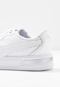 Puma - SKYEMETALLIC - Sneakers - white/silver - 2