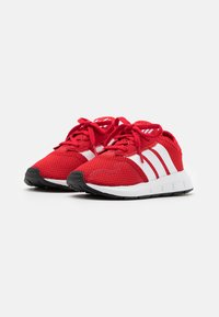 adidas Originals - SWIFT RUN UNISEX - Trainers - scarlet/footwear white/core black - 1
