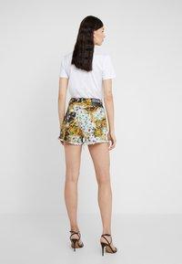 Versace Jeans Couture - Denim shorts - menta - 2