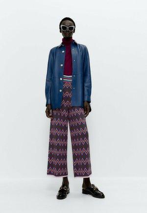 JACQUARDMUSTER  - Trousers - blue