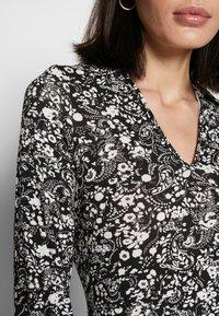 Wallis - MONO PAISLEY TIERED MIDI DRESS - Sukienka z dżerseju - mono - 5