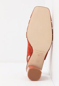 Paco Gil - BIMBA - High heels - brick - 6