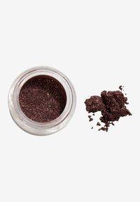 Gosh Copenhagen - Effect Powder - Eye shadow - 004 plummy - 2