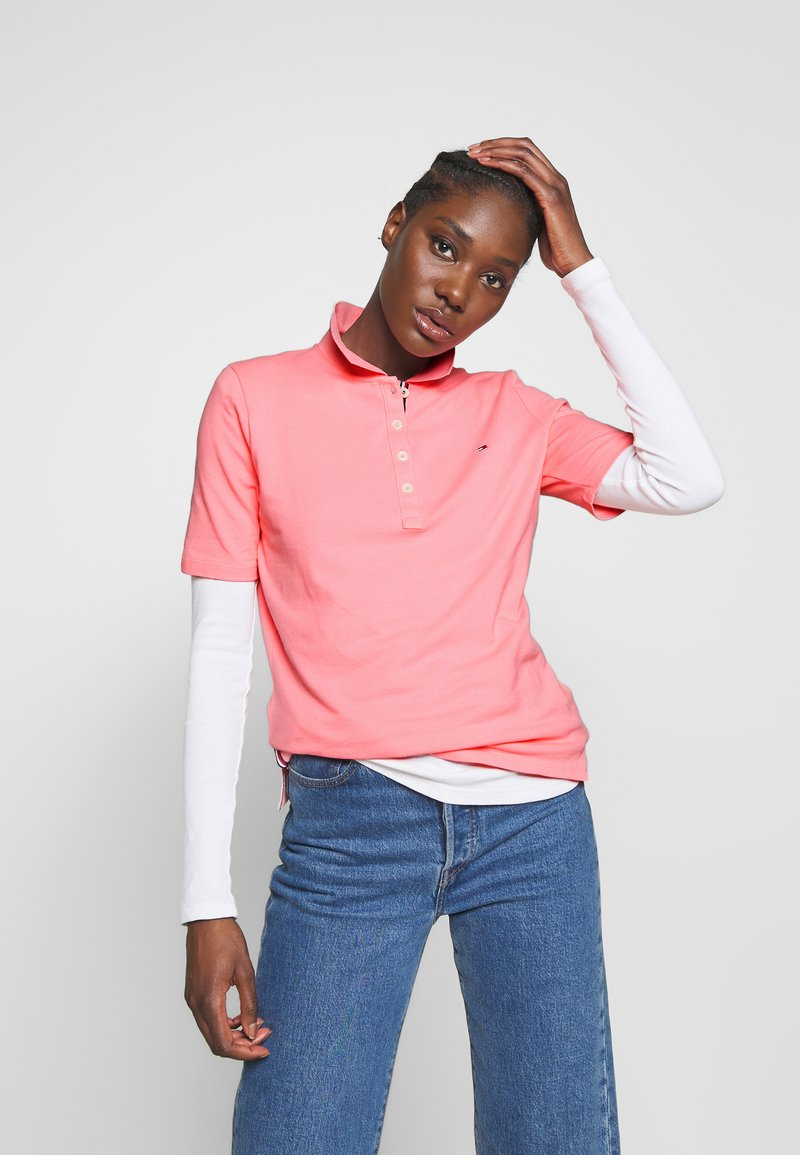 Tommy Hilfiger - TH ESSENTIAL POLO  - Polo shirt - pink grapefruit