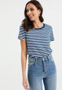 WE Fashion - Print T-shirt - cobalt blue - 0
