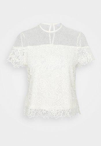 VIJUANA - Camiseta estampada - cloud dancer