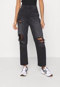 American Eagle - 90'S BOYFRIEND - Relaxed fit jeans - black blaze - 0