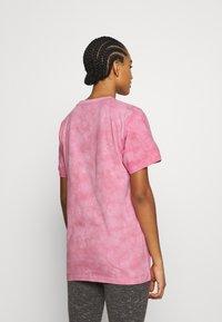Ellesse - NEWHAY - Print T-shirt - pink - 2