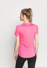 adidas Performance - OWN THE RUN TEE - T-shirts med print - scream pink - 2