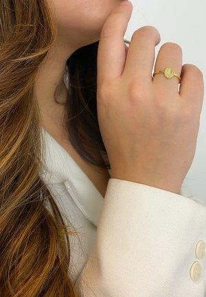 Ring - gold grün