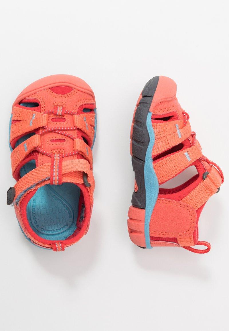 Keen - SEACAMP II CNX - Chodecké sandály - coral/poppy red