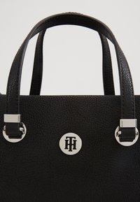 Tommy Hilfiger - CORE MED SATCHEL - Handbag - black - 5
