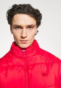 adidas Originals - PAD STAND PUFF - Winter jacket - scarlet - 3