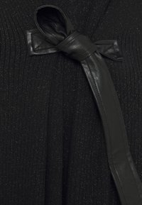 Patrizia Pepe - ABITO DRESS - Strikket kjole - nero - 2
