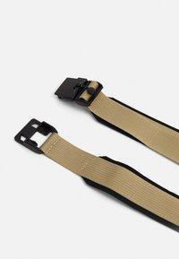 Levi's® - MAGNETICO WEB BELT - Pásek - regular khaki - 1