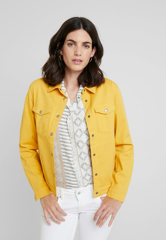 BREAK MY STRIDE - Veste en jean - golden rod