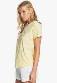 Roxy - Print T-shirt - pale banana - 3