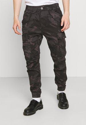 AIRMAN - Pantalon cargo - black