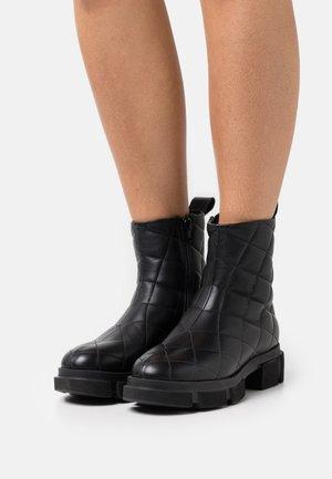 CPH48  - Platform ankle boots - black