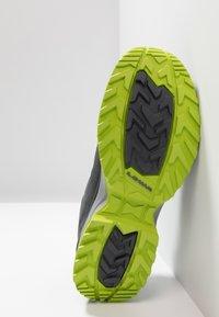 Lowa - INNOX EVO GTX - Hiking shoes - anthrazit/limone - 4