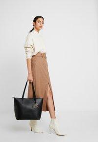 Anna Field - Shoppingveske - black - 1