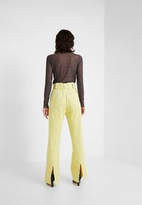 Hofmann Copenhagen - ELISA - Trousers - lemon grass - 2