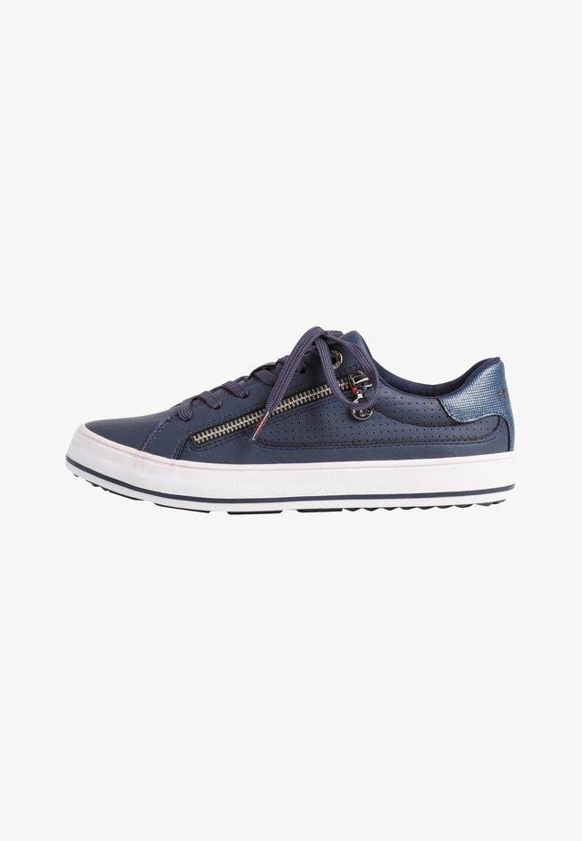 Sneakers laag - navy comb.
