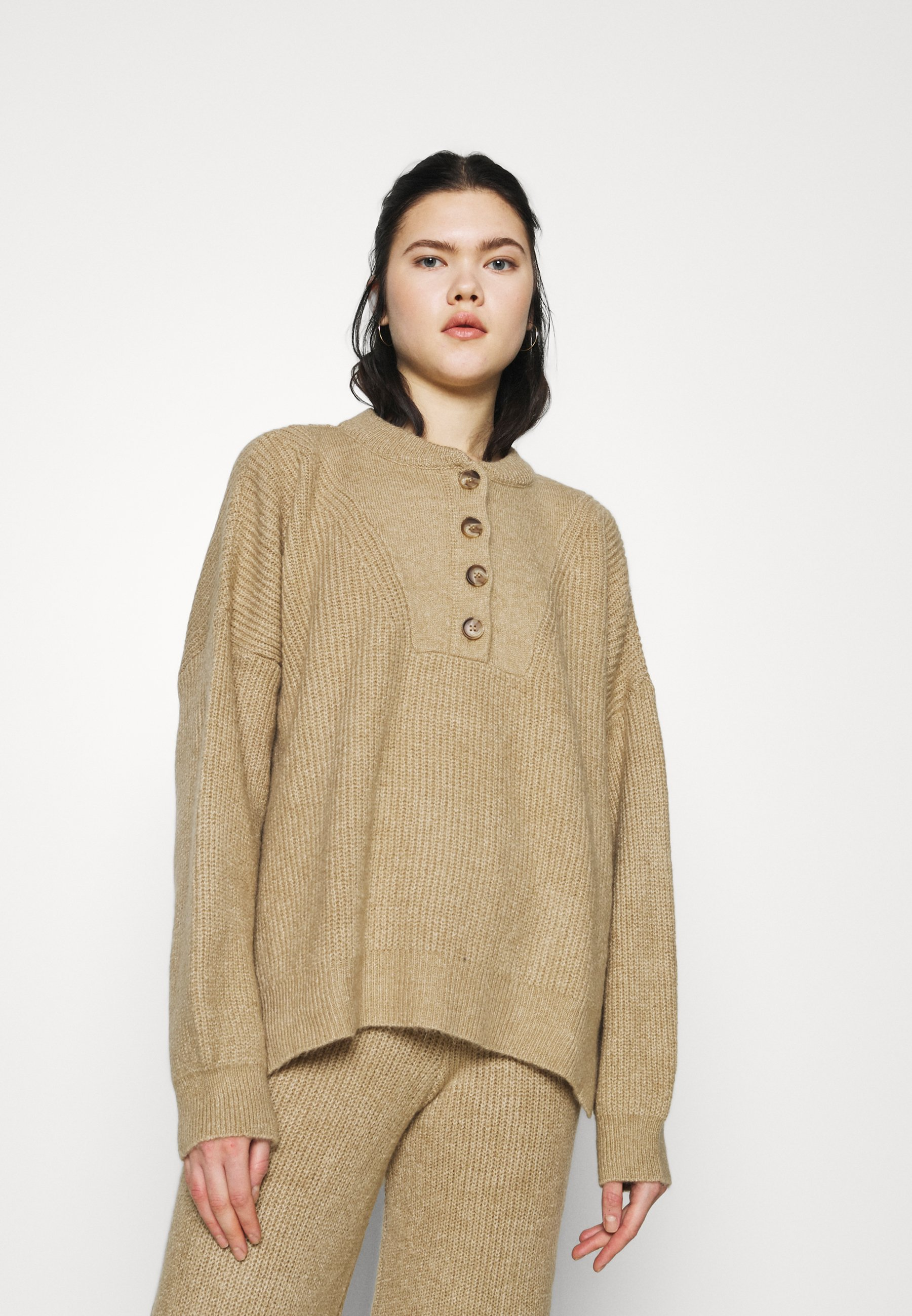 Femme JUMPER - Pullover