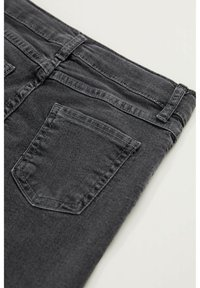 DeFacto - Slim fit jeans - grey - 3