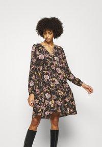 Rich & Royal - Denní šaty - black - 0