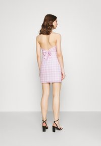 Glamorous - MAYA HALTER TIE-BACK MINI DRESS WITH OPEN BACK AND LOW V-NECK - Day dress - lilac - 2