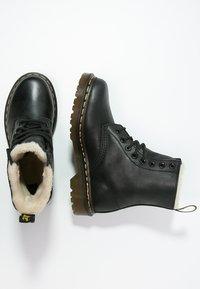 Dr. Martens - 1460 SERENA - Botines con cordones - black - 2
