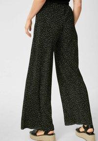 C&A - Trousers - black / white - 2